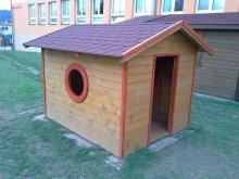 18. Dětský domek